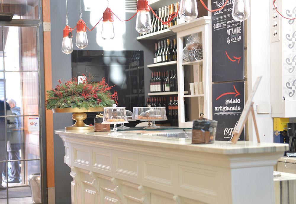 vialdo-cafe-bancone